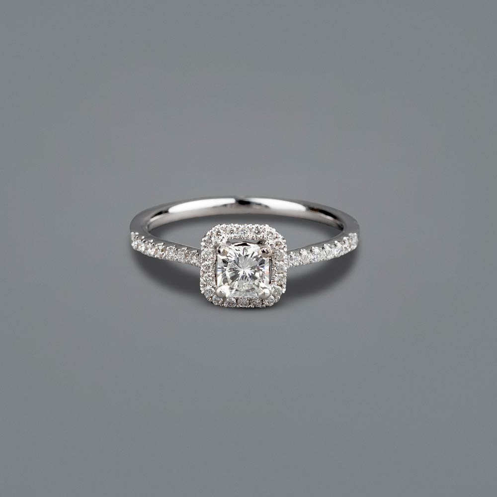 Square radiant cut diamond engagment ring - Thomas